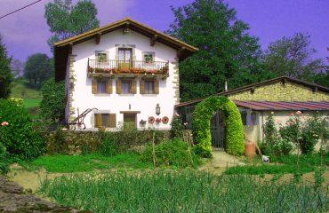 My neighbour's house, Zubialdea