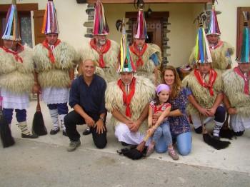 Family photo with our Joaldunak neighbours
