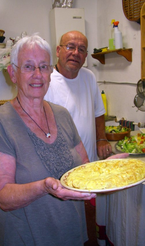 Spanish tortilla with friends in Elgorriaga