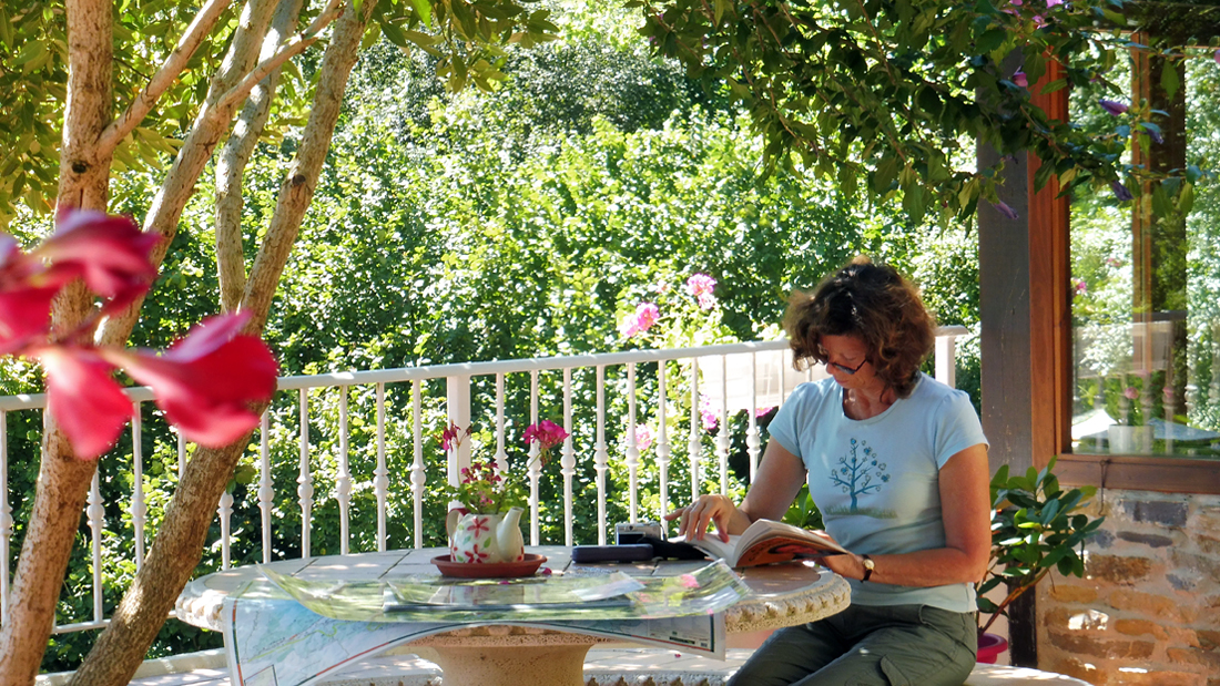 Spanish lessons on the terrace