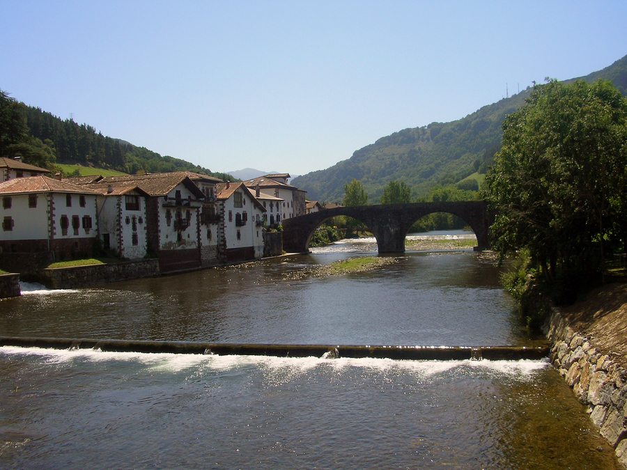 medieval bridge Sunbilla