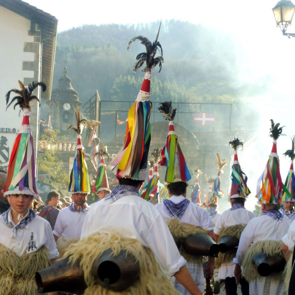 Zubieta and Ituren carnivals and the Joaldunak holidays in spain
