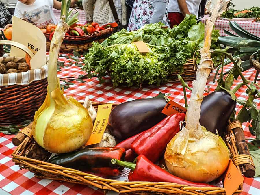 basque market produce